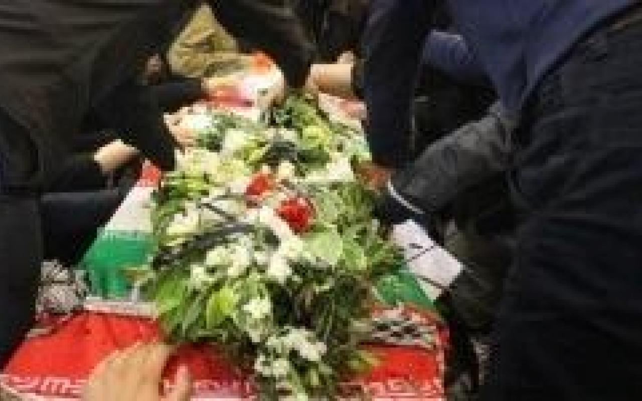 تصویر از دومین شهید مدافع حرم ساوه تشییع شد