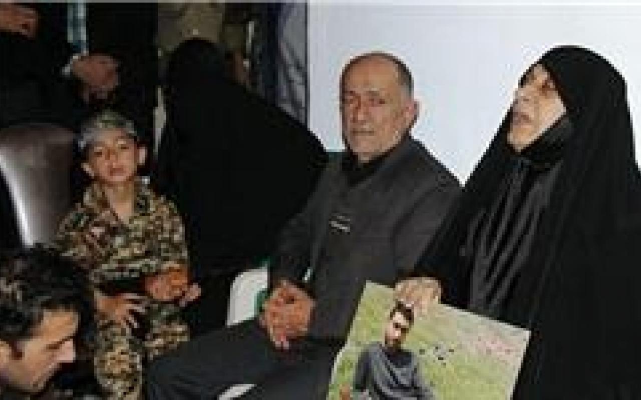 تصویر از وداع جانانه مردم چالوس با دومین شهید مدافع حرم شهرشان + تصاویر