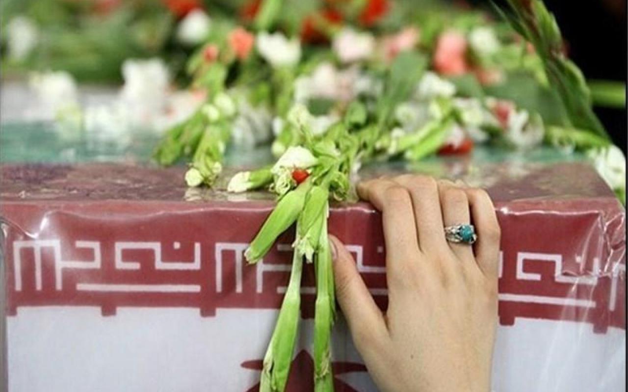 تصویر از تشییع پیکر دو شهید مدافع حرم در دلیجان استان مرکزی