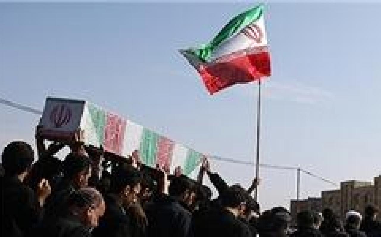 تصویر از پیکر ۶ شهید مدافع حرم در قم تشییع میشود