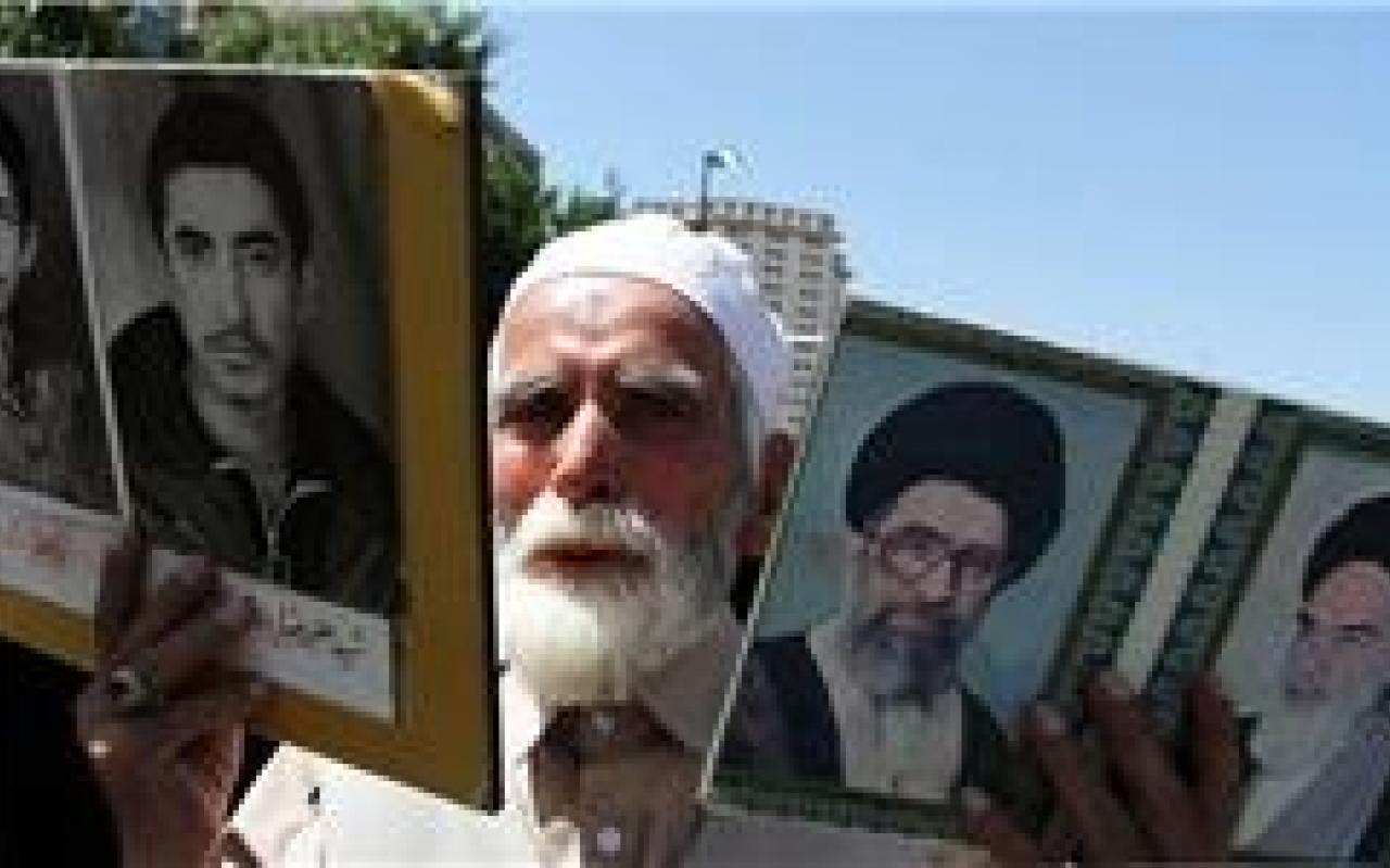 تصویر از حضور پر خروش مجاهدان جنبش انصارالله در حرم شمسالشموس