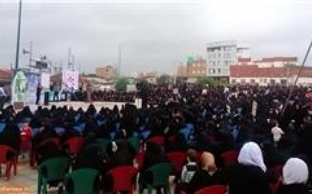 تصویر از تجمع حامیان عفاف و حجاب در ساری برگزار شد