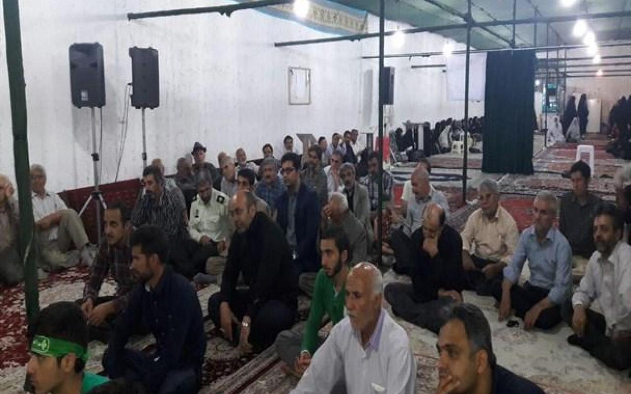 تصویر از برگزاری مراسم یادبود اولین شهید مدافع حرم مشکین دشت +تصاویر
