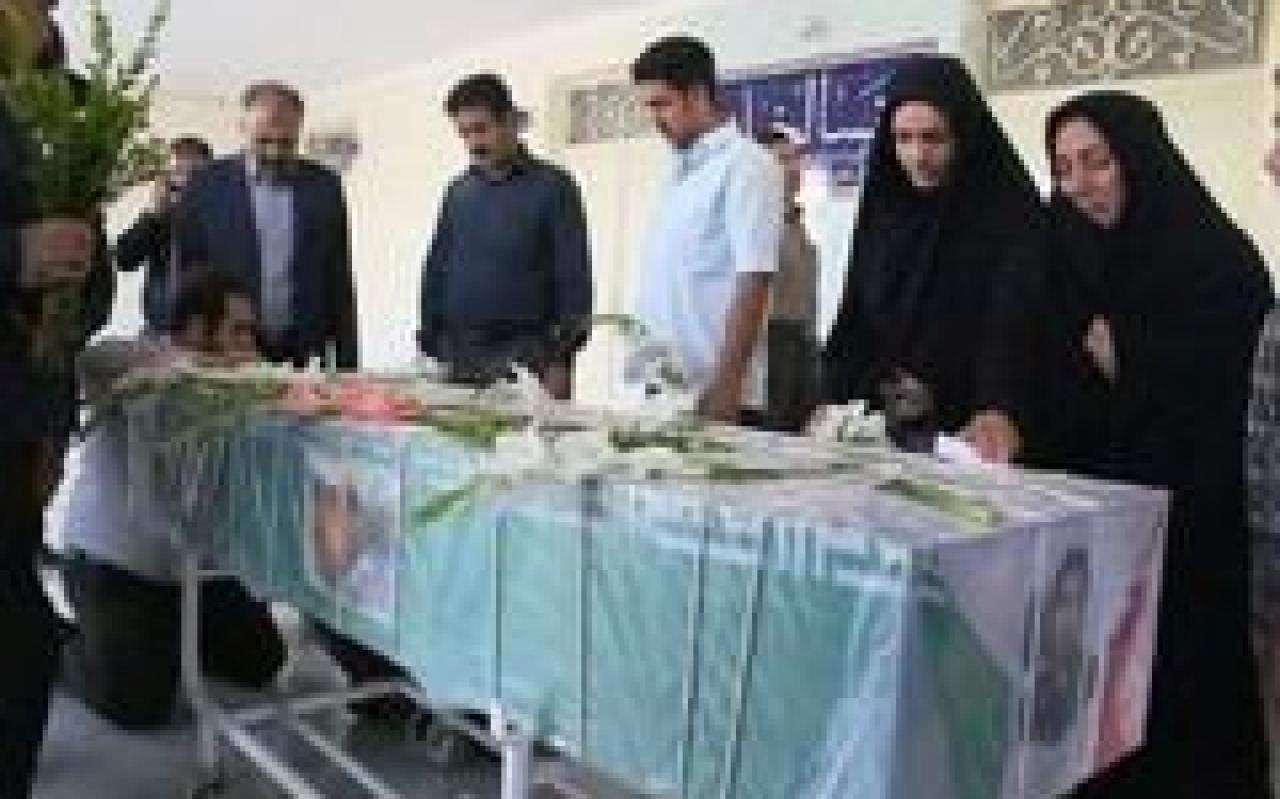 تصویر از مراسم تشییع پیکر شهید مدافع حرم «علی نظری»