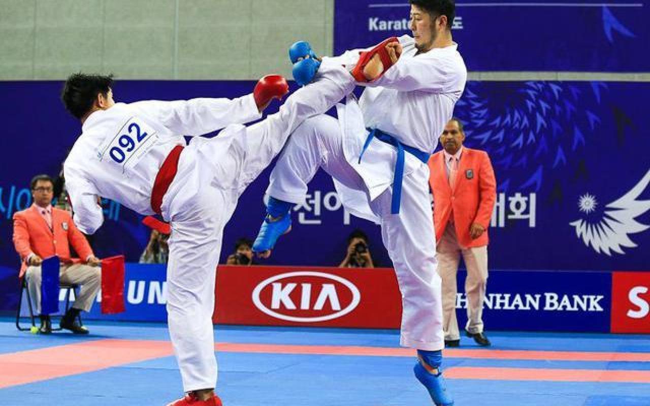 تصویر از کاراتهکاها موفقیت جهانی خود را به شهدای مدافع حرم تقدیم کردند