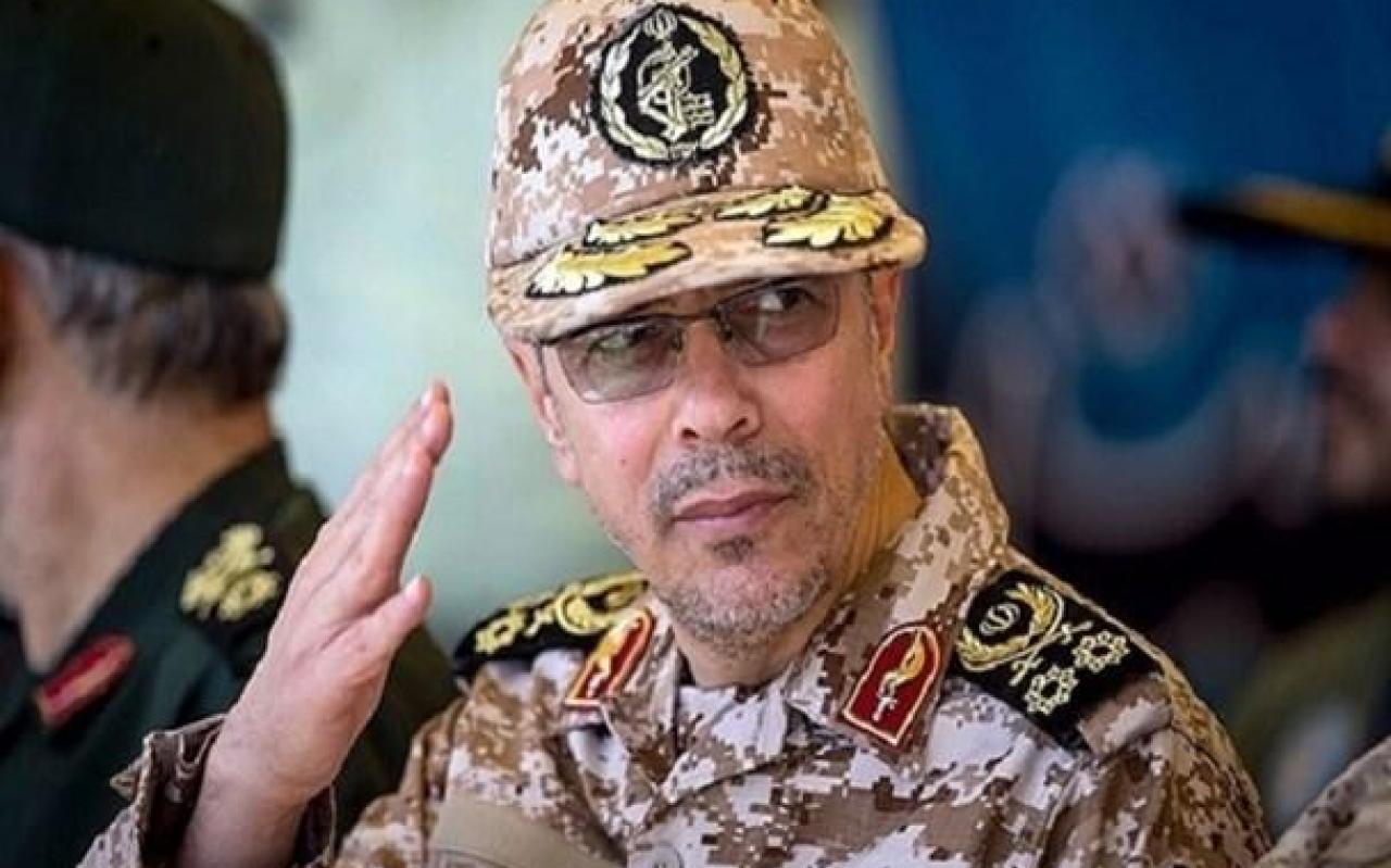 تصویر از شهدای مدافع حرم امنیت و آرامش را برای ما تضمین کردهاند/ افتخار میکنیم پرچمدار مبارزه با تروریسم هستیم