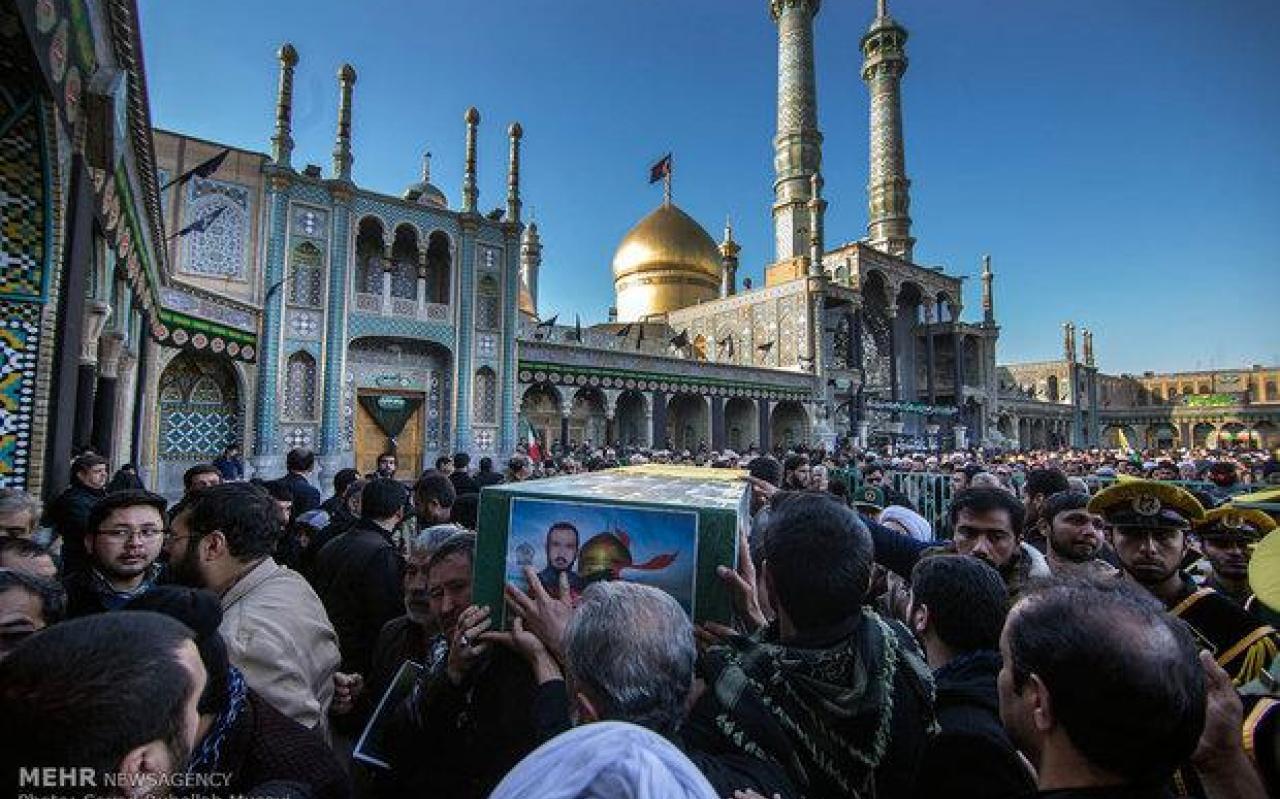 تصویر از پیکر ۳ شهید مدافع حرم در قم تشییع میشود