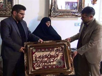 تصویر از دیدار نماینده مردم اردبیل در مجلس با خانواده شهید هاشم دهقانی نیا