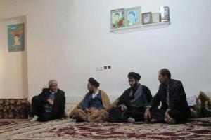 تصویر از دیدار مسئولان شهرستان لنده با خانواده شهید عسکری+تصاویر