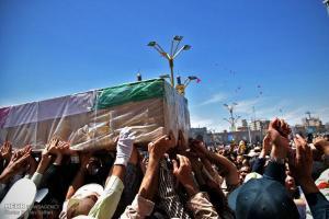 تصویر از پیکر ۲ شهید نیروی انتظامی در اهواز تشییع شد