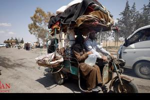 تصویر از ۱۰۰ هزار نفر از پایتخت خودخوانده داعش فرار کردند