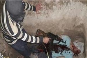 تصویر از تحلیل یک عکس/ چرا داعش پس از دوسال عضو حشدالشعبی را اعدام کرد؟