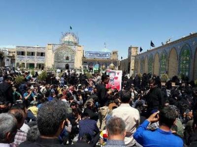 تصویر از پیکر شهید مدافع حرم در پیشوا تشییع و تدفین شد