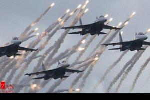 تصویر از حمله هوایی جنگندههای عراقی به کاروان داعش در مرزهای سوریه