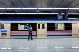 تصویر از مسافران متروی اصفهان مردادماه امسال به میدان آزادی میرسند