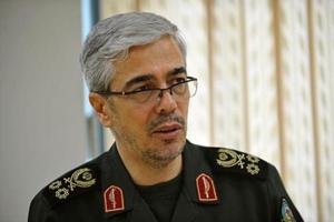تصویر از یادواره سرداران و ۵۶۲ شهید اطلاعات قرارگاه ثامنالائمه (ع) نیروی زمینی سپاه آغاز شد
