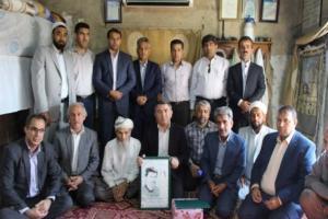 تصویر از تصاویر/ دیدار با خانواده های شهیدان دردی نافعی و توماج