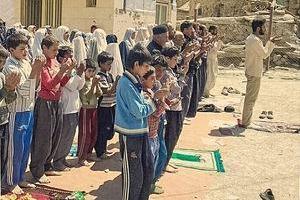 تصویر از گروه جهادی راهیان شهادت با نام شهید حججی به دلگان می رود