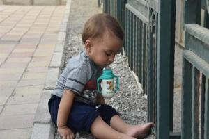 تصویر از محسن جان! تو از دنیا دل کندی و یک دنیا به تو دل بست / کوتهفکران! قیمت یتیمی فرزند شهید حججی چند؟ / درخواست مشتاقان حضور در سوریه از ژنرال ایران