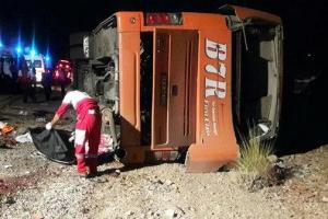 تصویر از قطع عضو و نخاع چهار مصدوم واژگونی اتوبوس دانشآموزان هرمزگانی