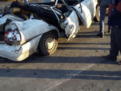 تصویر از برخورد دو خودرو در کمربندی خمینی شهر- نجف آباد به مصدومیت ۷ نفر منجر شد