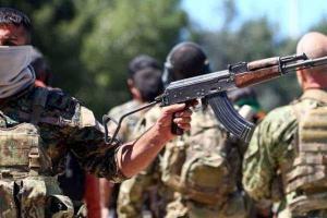 تصویر از تسلط نیروهای کُرد سوری بر یک مرکز پلیس در «الرقه»