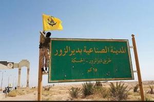 تصویر از فرار داعش از دیرالزور و استقبال مردم از فاطمیون+تصاویر
