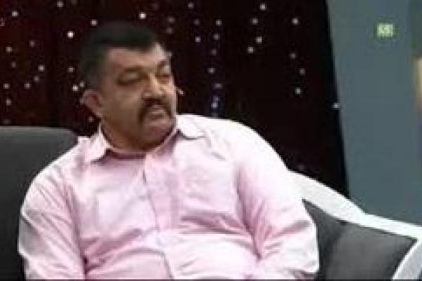 تصویر از واکنش آقای بازیگر به بمبگذاری نزدیک منزلِ پدرشهیدحججی/عکس