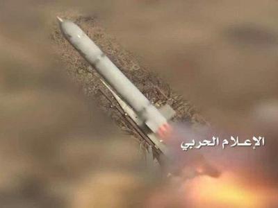 تصویر از موشک قاهر۲  بر سر نظامیان سودانی در جنوب عربستان