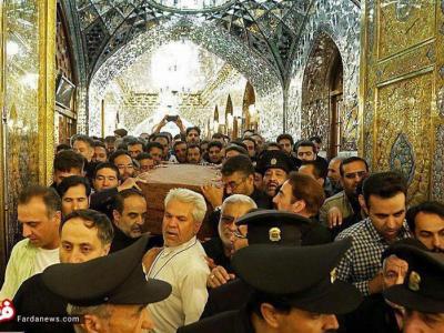 تصویر از تصاویر: طواف پیکر شهید حججی در مرقد امام رضا(ع)