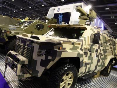 تصویر از گشایش نمایشگاه بینالمللی دفاعی و تجهیزات امنیتی در لندن