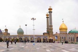 تصویر از برگزاری نماز عید غدیر خم در مصلای حرم عبدالعظیم حسنی(ع)/ مدیحه سرایی محمود تاری به مناسبت عید غدیر