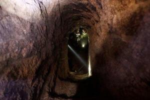 تصویر از کشف و انهدام تونل متعلق به داعش در غرب الانبار