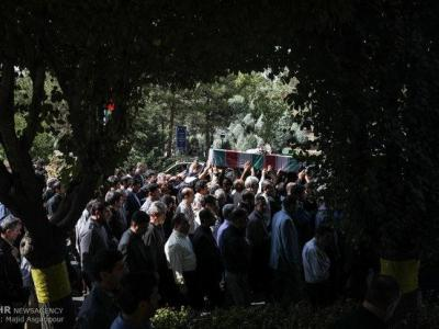 تصویر از پیکر مطهر شهید مدافعحرم در قزوین تشییع شد