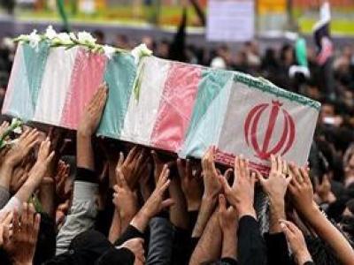 تصویر از تشییع پیکر مطهر شهید مدافع حریم آل الله در شیراز