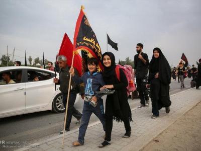 تصویر از حرکت عاشقان سالار شهیدان در مسیر نجف به کربلا