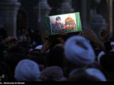 تصویر از پیکر دو شهید مدافع حرم فاطمیون در استان البرز تشییع میشود