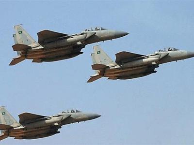 تصویر از سعودیها ۱۳ مرتبه منطقه «همدان» در أبین یمن را بمباران کردند