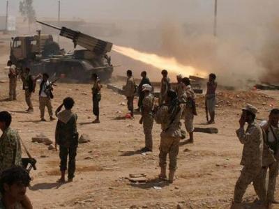 تصویر از مقام نظامی یمن: ارتش یمن تلفات سنگینی به مزدوران سعودی وارد کرده است