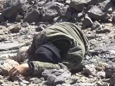 تصویر از شکار نظامیان، تانکها و مزدوران سعودی + عکس و فیلم