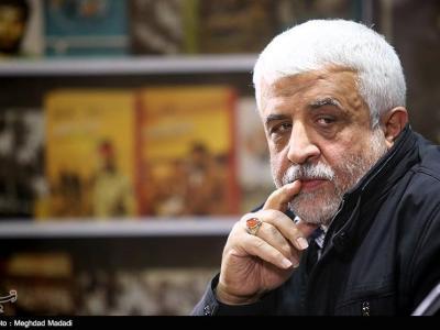 تصویر از آقای حاتمیکیا! تمام سیمرغهای ارغوانی شهدای مدافع حرم مبارکت باشد