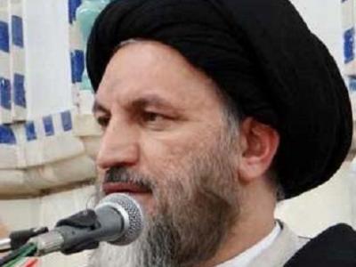 تصویر از شهدای مدافع حرم مایه عزت ملت ایران هستند