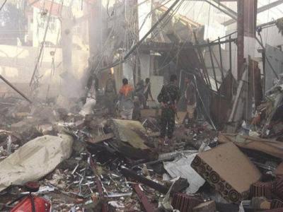 تصویر از شهادت ۶ عضو یک خانواده در صنعاء/ حمله به پایگاه مزدوران سعودی
