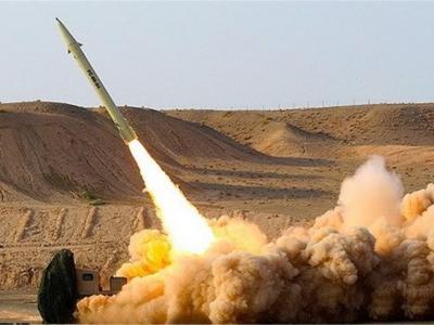 تصویر از انصارالله فرودگاه جازان سعودی را هدف موشک قرار داد