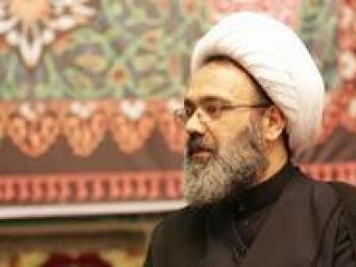 تصویر از آقای روحانی علیه روحانیت عمل می کند