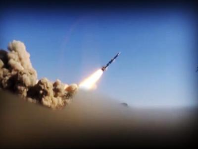 تصویر از سرنگونی یک پهپاد آمریکایی و شلیک یک موشک بالستیک به عربستان