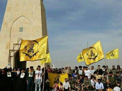 تصویر از بازدیدخانوادههای شهدای لشکر فاطمیون از مناطق عملیاتی جنوب