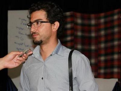 تصویر از یادی از شهدای مدافع حرم کرمانشاه در نمایش «حرفهای گفتنی»