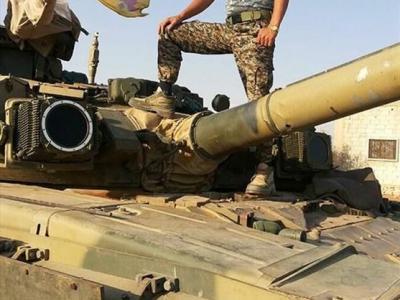تصویر از روایت تصویری شهید فاطمیون از تک تیراندازی تا فرماندهی توپخانه
