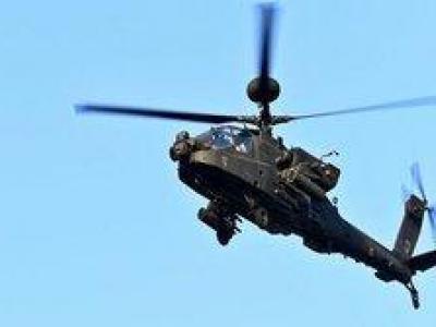 تصویر از نیروهای یمنی بالگرد آپاچی سعودی را ساقط کردند